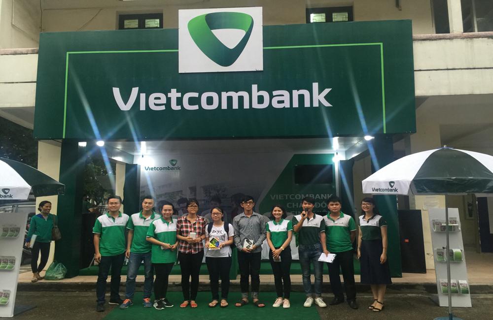 Vietcombank chào Tân Sinh Viên 2016