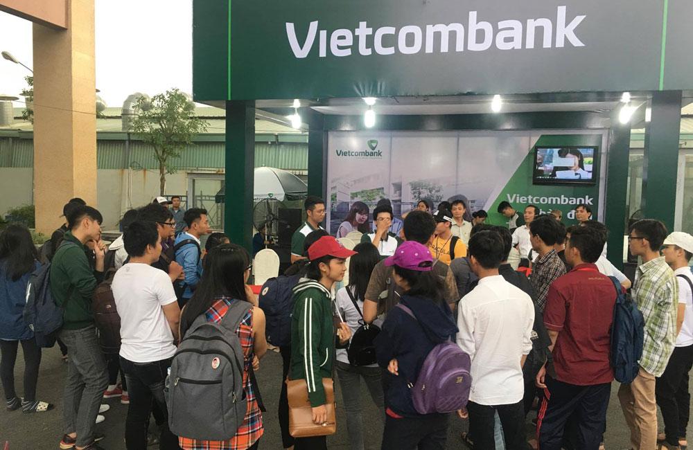 Vietcombank Chào đón Tân sinh viên 2017